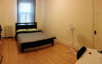 2 Incredible Well located downtown rooms!