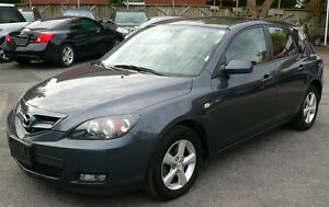 2009 Mazda3 Hatchback***5speed***excellent condition and no rust