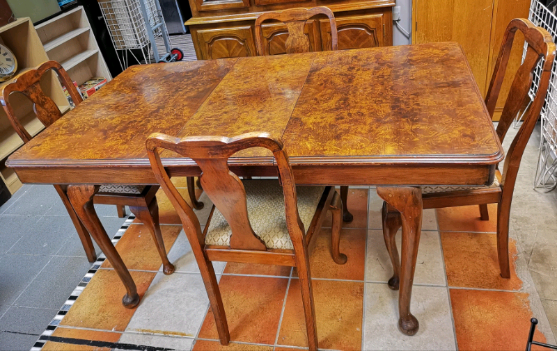 Remarkable Antique Burr Walnut Extendable Table With 4 Chairs Queen Anne Style In Lincoln Lincolnshire Gumtree Download Free Architecture Designs Scobabritishbridgeorg