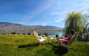 Lakeside Home on Lake Osoyoos available for the winter