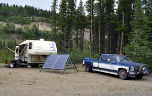 Off Grid Living - Truck and 5th Wheel Trailer Package