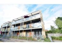 Two Bed, Two Bathroom Flat to Rent - 12-18 months in Bushey, Hertfordshire