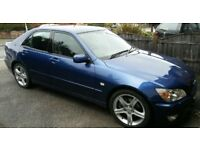 Lexus IS 200 2.0 SE 4dr *NEW UPDATE* GENUINE LOW LMILES*METALLIC BLUE*AUTO*ELECTRIC SUNROOF*LEATHER*