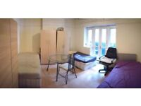 Huge triple room in Bethnal Green ALL BILLS INC