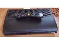 Freeview cable box samsung V hd box with remote & power cable.