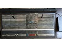 Soundcraft Series 2 40 channel Mixing Desk with meter bridge, strong wheeled case and 2 lights OIRO