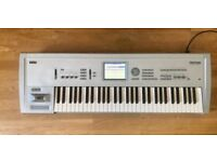 Korg Triton Classic 61 Key Workstation - Synth, Sampler and Sequencer