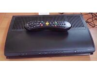 samsung cable box V hd box with remote & power cable.