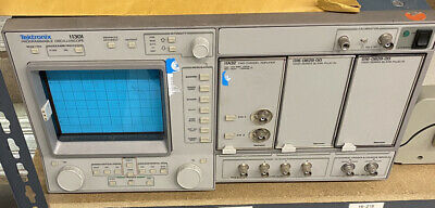 Tektronix 11301 11a32 400mhz Scope500mhz Counter Touch -screen