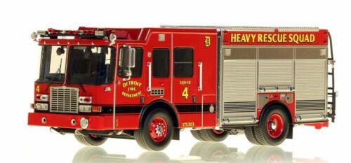 Detroit FD HME Heavy Rescue Squad 4 1/50 Fire Replicas FR080-4 New