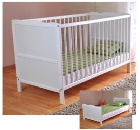White Solid Wood Baby Cot Bed &Deluxe FoamMattress Converts into Jr Bed,3 Position,water replent