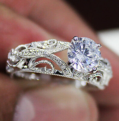 0.81 Ct. Natural Round Cut Scroll Milgrain Diamond Engagement Ring GIA Certified 2
