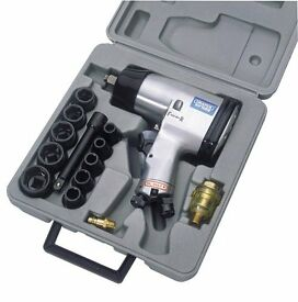 "Draper 55360 - 15 Piece 1/2"" Square Drive Heavy Duty Air Impact Wrench Kit (8224/8/MM)"