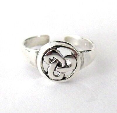 Sterling Silver Celtic Trinity knot size small-medium adjustable toe ring
