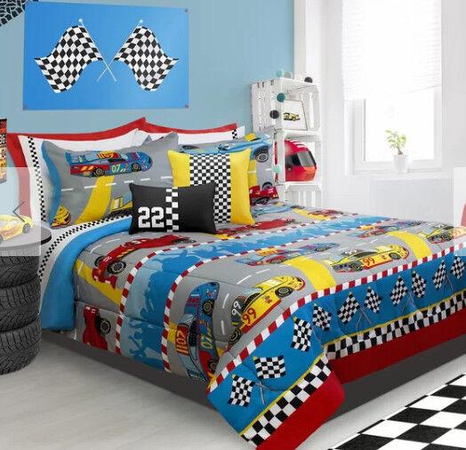 Race Cars Boys Full / Queen Comforter & Shams, 3 Piece Beddi