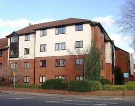 SPACIOUS 1 DBL BED FLAT - near station/town center w.parking