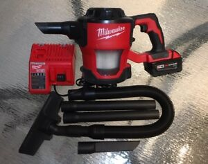 Aspirateur Milwaukee M18