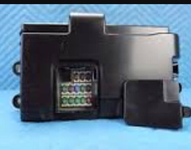 Lexus Ls430 Fuse Box Relay Left Hand Side Of Boot Trunk Rear