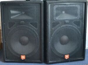 USED DJ LIGHTING AND SPEAKERS