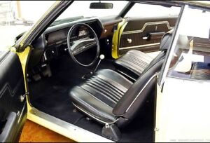 Wanted 1970-1972 Chevelle buckets and console