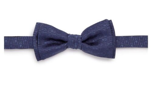 New Authentic Salvatore Ferragamo Men Bow tie Navy Blue Silk Gancini Logo 225