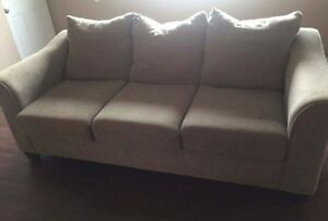 Spacious beige couch