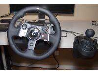 Logitech g920 Racing Wheel + pedals & gear stick