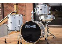 Sonor Bop Silver galaxy sparkle + evans Emad2 and Gewa bass drum bag