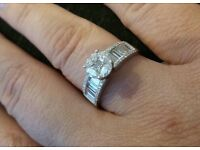 Beautiful 18ct white gold and diamond ring valued at £4000