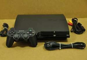 ps3 slim 160GB w/games and controller