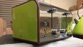 Swan toaster