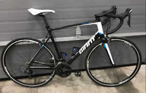 2015 Giant Defy 1 Road Bike 105 Ultegra 55.5cm
