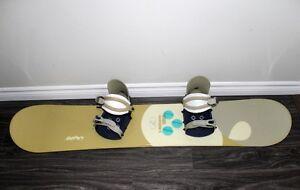 Snowboard That Includes Bindings & Snowboard Bag Kingston Kingston Area image 2