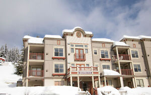 Ski in & out Condo on Silver Star Mountain Resort!