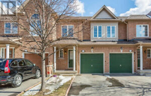 Won't Last Long,3Beds,3Baths,525 NOVO STAR DR Mississauga