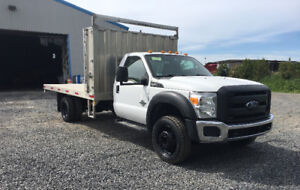 ford f550 4x4diesel 6.7 boite dompeuse