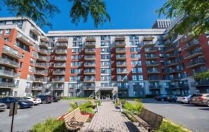 URGENT 2 Br Apartment in Cote Saint Luc- Lease Takeover
