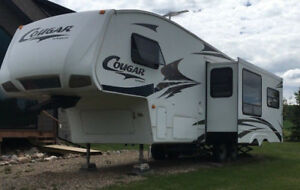 2007 Cougar be Keystone 5th wheel