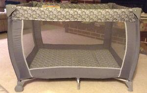 Versatile Change table and travel crib! Kingston Kingston Area image 2