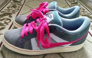 Nike Women's Shoes - Size 10