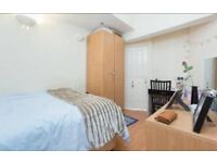 Stunning double room in newly refurbished flat