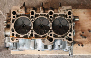 2001 Volkswagen VW Passat Right Cylinder Head Valvetrain Cams Va Stratford Kitchener Area image 6