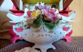 Very large vintage porcelain centre piece &sides Capodimonte