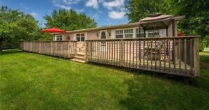 Lake Huron cottage for rent- between Grand Bend/Bayfield