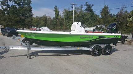 2018 BLUE WAVE 2200 CENTRE CONSOLE FISHING BOAT 175hp