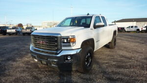 "2015 GMC SIERRA 2500HD 4WD Double Cab 144.2"" SLE"