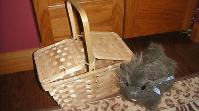 THE WIZARD OF OZ TOTO PLUSH DOG AND BASKET FOR DOROTHY COSTUME