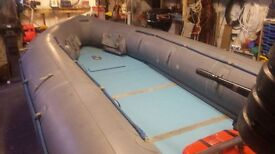 15ft 4.5 METRE AVON INFLATABLE WITH INFLATABLE KEEL, 35HP MERCURY OUTBOARD ENGINE ON ROAD TRAILER