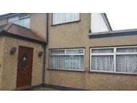 3 bedroom house in Eastcote Lane, HA2