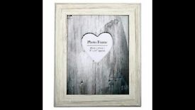 Cream Distressed Wood Frame 4X6 (10cm x 15cm): brand new in sealed pack
